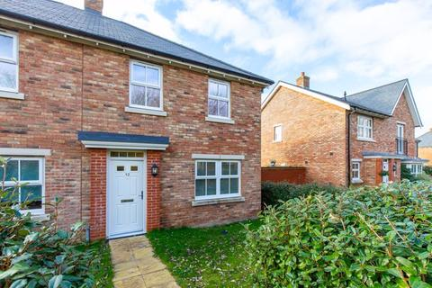 3 bedroom semi-detached house for sale - Pynham Crescent, Chichester