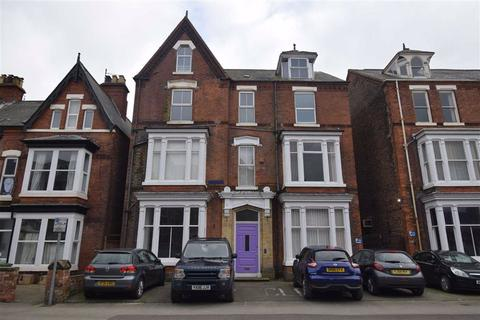 Detached house for sale - Victoria Road, Bridlington, East Yorkshire, YO15