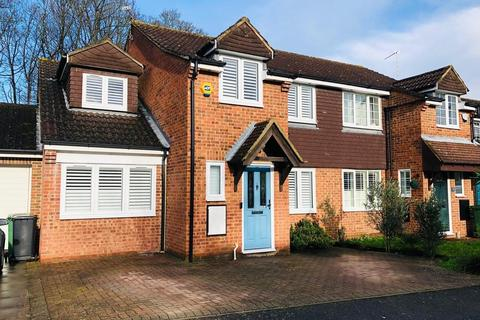 4 bedroom end of terrace house for sale - The Hurstings, Maidstone