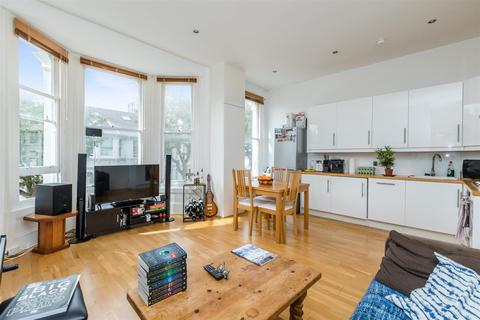 2 bedroom flat to rent - Eaton Place, Brighton, BN2 1EG