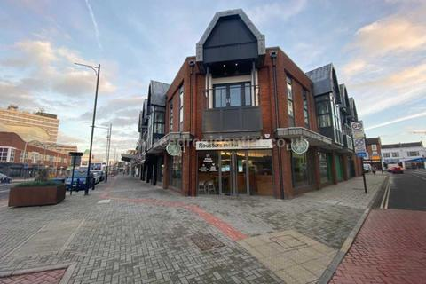 2 bedroom apartment to rent - London Road, Southend On Sea