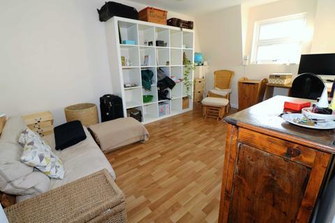 1 bedroom flat to rent - Hornsey Road, London