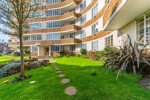 3 bedroom apartment to rent - Cholmeley Lodge, London, N6