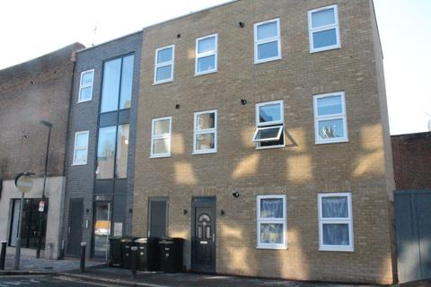 1 bedroom flat to rent - London , N22