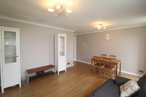 2 bedroom apartment to rent - Garter Way, Southwark, London, SE16