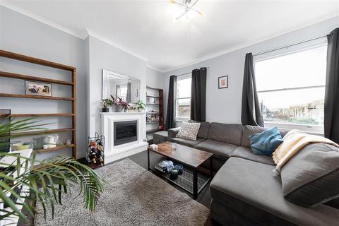 2 bedroom flat to rent - Aldensley Road, W6