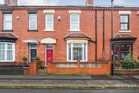 3 bedroom terraced house for sale - Featherstone Street, Roker, Sunderland, SR6 0PE