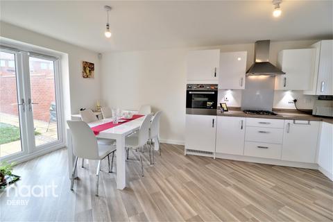 3 bedroom detached house for sale - Kensey Road, Mickleover