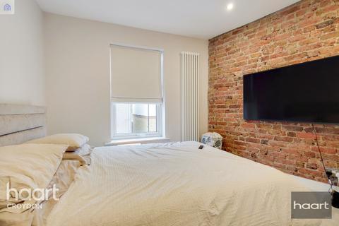 2 bedroom terraced house for sale - Bourne Street, Croydon