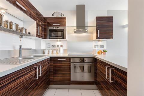 2 bedroom flat to rent - Mapleton Road, SW18