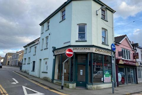 Retail property (high street) to rent - 57 Nolton Street, Bridgend, CF31 3AE