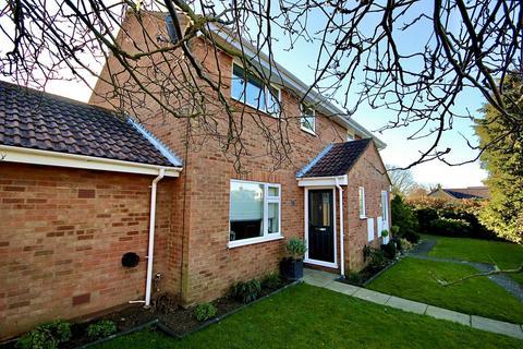 3 bedroom semi-detached house for sale - Fallowfield, Hemsby