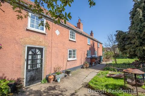 5 bedroom cottage for sale - Wapping, Ormesby, Great Yarmouth