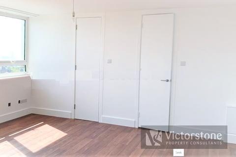 Studio to rent - Hilltop House 116 Hornsey Lane, Hornsey, London, N6