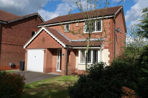 4 bedroom detached house to rent - Elmhurst Drive, Huthwaite, Sutton-in-Ashfield