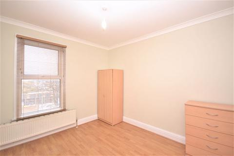 2 bedroom apartment to rent - Two Bedroom, First Floor Flat to Let, E17 (£1,350pcm) - Available now