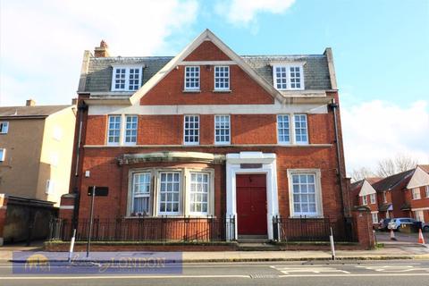 3 bedroom apartment to rent - 3 Bedroom flat to rent