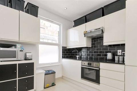2 bedroom flat to rent - Alexandra Road, Turnpike Lane, London
