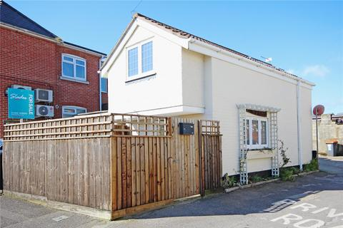 2 bedroom detached house for sale - Riverside Lane, Tuckton, Bournemouth, BH6