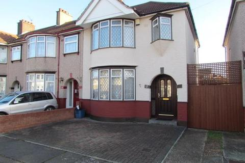 3 bedroom semi-detached house to rent - Conway Crescent, Chadwell Heath, Romford