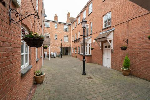 2 bedroom apartment for sale - The Woolpack, Warwick