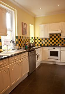 5 bedroom detached house to rent - Evelyn Road