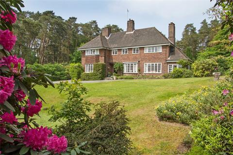 5 bedroom detached house for sale - Crooksbury Road, Farnham, Surrey, GU10
