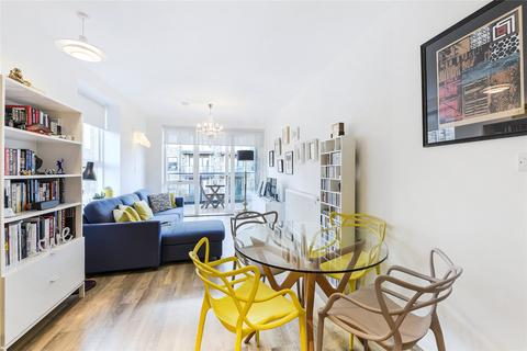 1 bedroom flat for sale - Concord Court, Palladian Gardens, London, W4