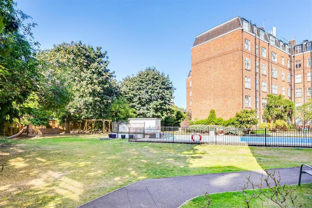 Beaumont Court, W4   FOR SALE