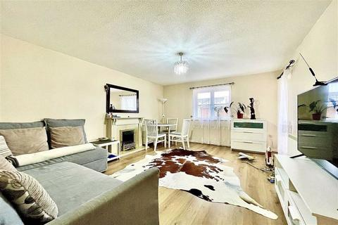 2 bedroom flat to rent - Marathon Way, West Thamesmead, London, SE28