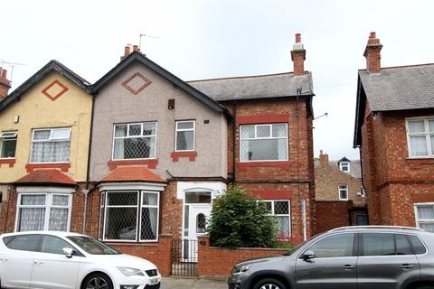3 bedroom semi-detached house to rent - West Crescent, Darlington