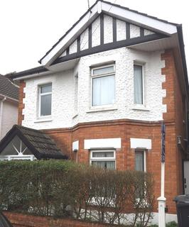 4 bedroom semi-detached house to rent - STUDENT HOUSE - Charminster
