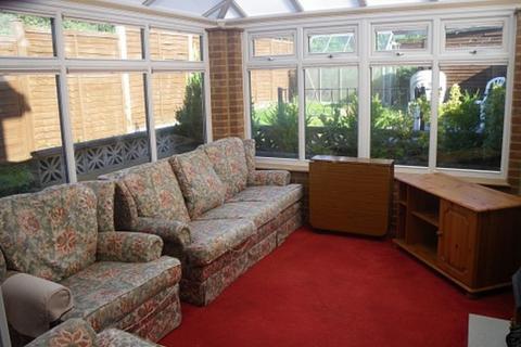 5 bedroom detached house to rent - Portland Road, Winton
