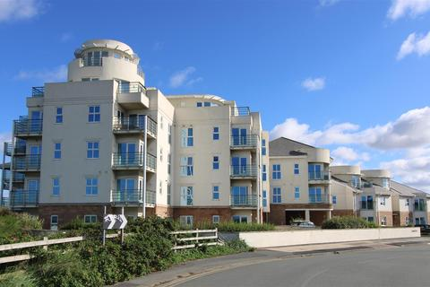 3 bedroom apartment for sale - Hall Road West, Blundellsands, Merseyside