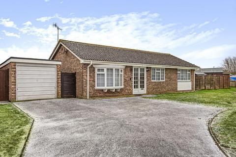 3 bedroom detached bungalow for sale - Findon Drive, Felpham, Bognor Regis, PO22