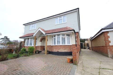 4 bedroom detached house for sale - PURBROOK, WATERLOOVILLE