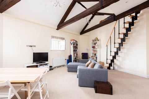 2 bedroom flat to rent - The Old Gaol, Abingdon On Thames, Oxfordshire, OX14 3HE