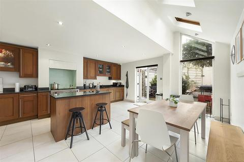5 bedroom terraced house for sale - Bramfield Road, SW11