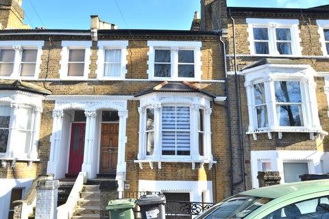 3 bedroom flat to rent - Becondale Road, Crystal Palace SE19