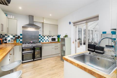 3 bedroom end of terrace house for sale - Clarence Avenue, Clapham Park, SW4