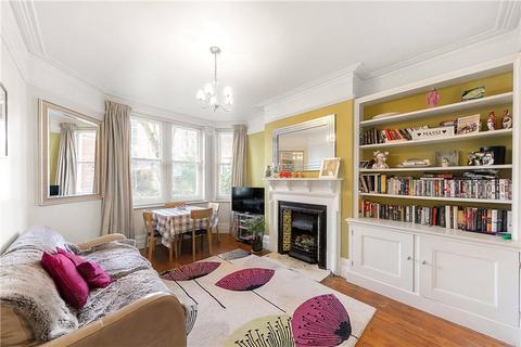 3 bedroom flat for sale - Hayes Court, Camberwell New Road, Camberwell, London, SE5