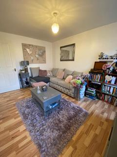 1 bedroom flat to rent - Glandford way, Chedwell Heath, London RM6