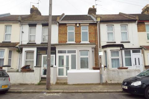 3 bedroom terraced house for sale - May Road, Gillingham, Kent, ME7