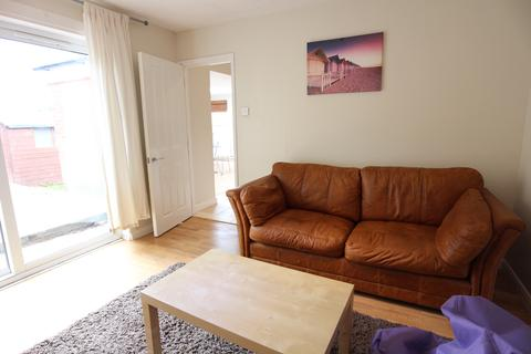4 bedroom end of terrace house to rent - Tavistock Down, Brighton BN1