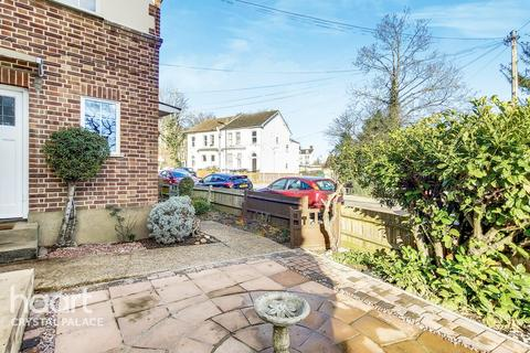 2 bedroom maisonette for sale - Maberley Road, London