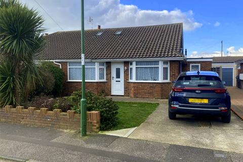 4 bedroom semi-detached house for sale - Chester Avenue, Lancing, West Sussex, BN15