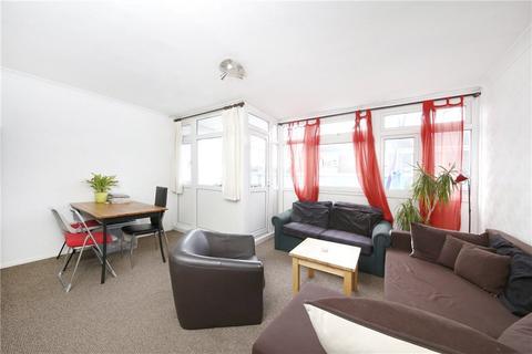 4 bedroom property to rent - Ballance Road, Homerton, London, E9