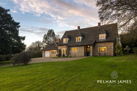 4 bedroom detached house for sale - Mill Street, Duddington, Stamford