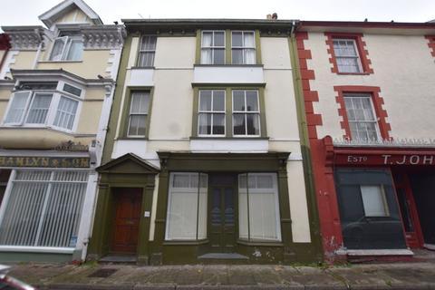 6 bedroom terraced house for sale - Buttgarden Street, Bideford