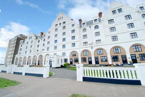 1 bedroom flat for sale - Grand Avenue, Worthing
